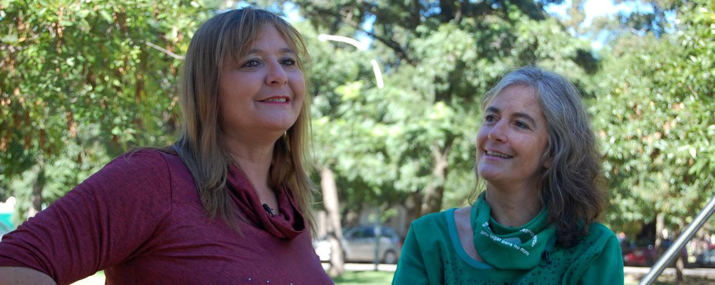 Mónica Reviglio co conductora del programa Mujeres que mueven el mundo de la UNC