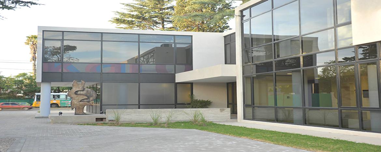 Fachada edificio Daspu Sede Cerro